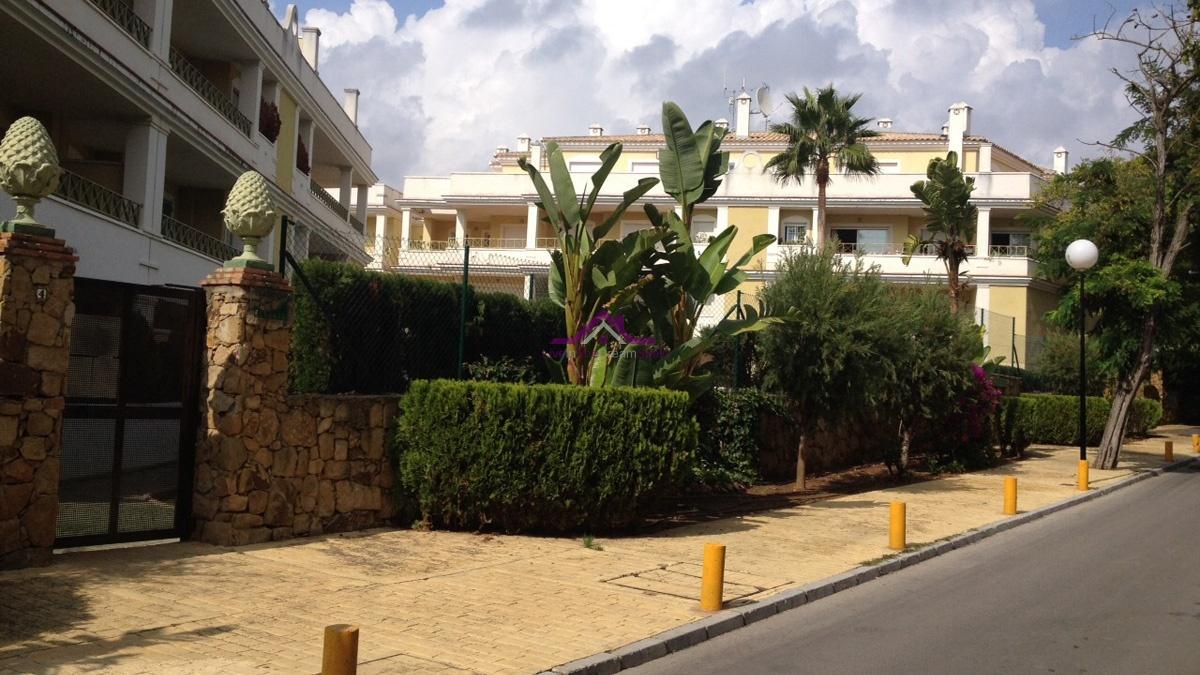 2 Bedrooms, Apartment, For sale, 1 Bathrooms, Listing ID 1109, Elviria, Spain,