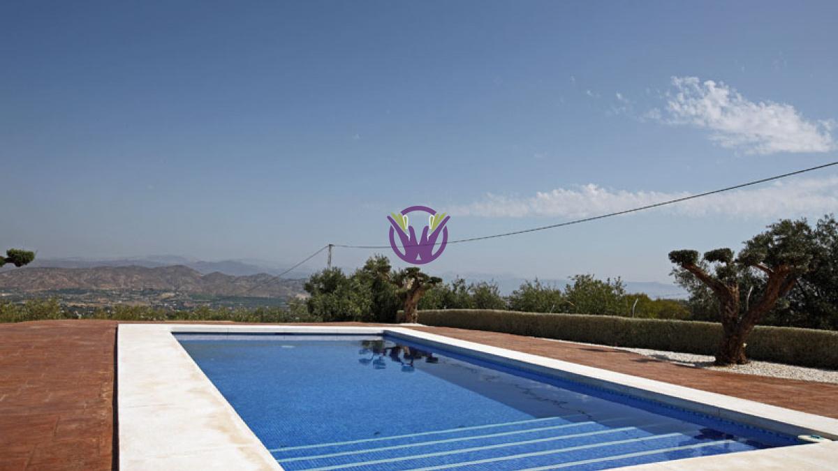 Alhaurin El Grande, Spain, 3 Bedrooms Bedrooms, ,2 BathroomsBathrooms,Villa,For Rent,1115