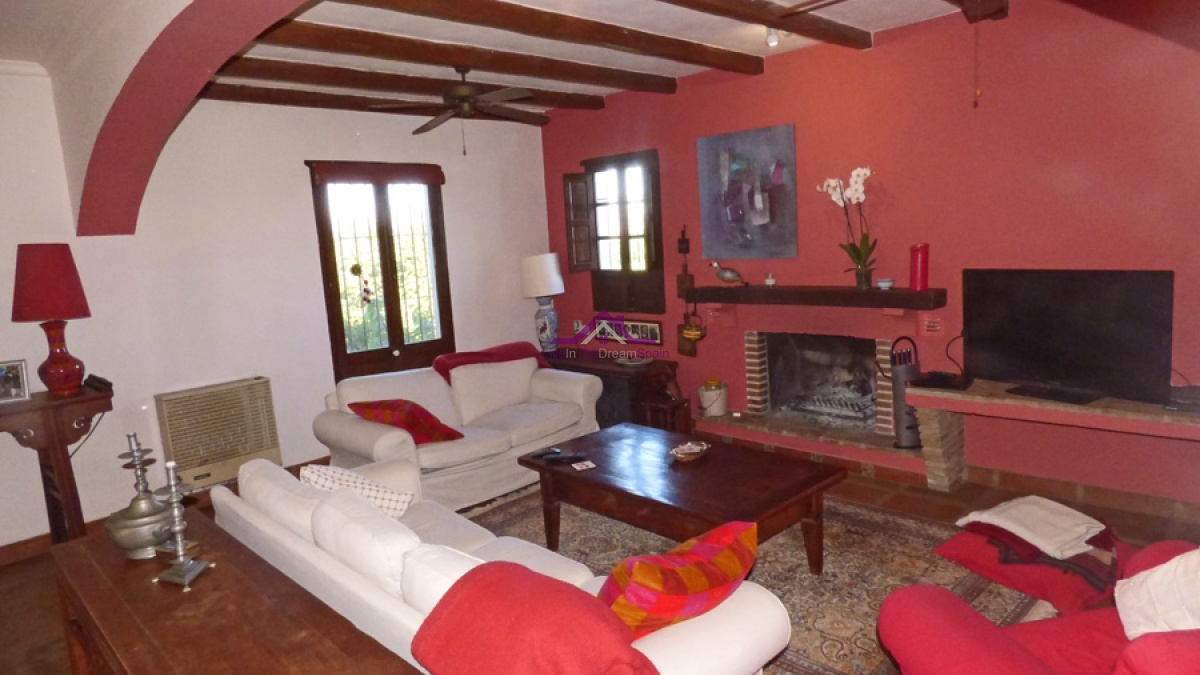 Finca with stables for sale in Alhaurin el Grande