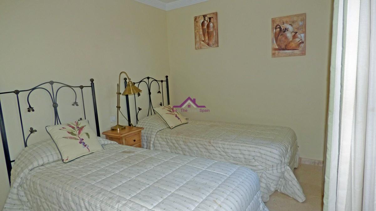 Elviria, Spain, 3 Bedrooms Bedrooms, ,2 BathroomsBathrooms,Apartment,For sale,1154