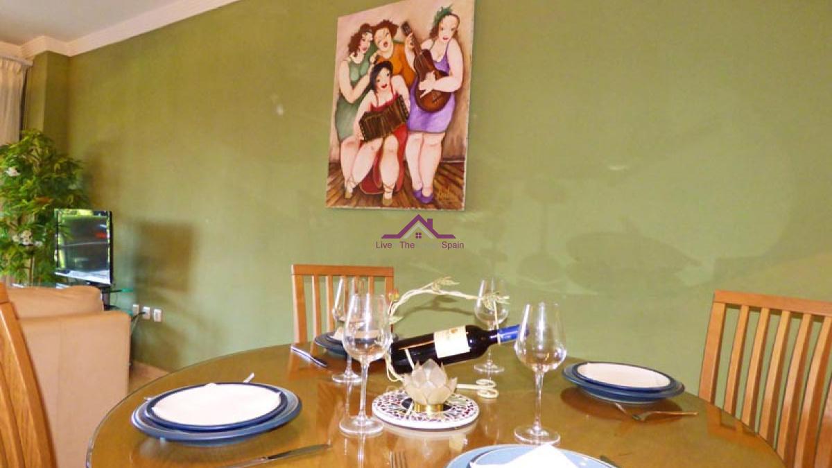 Valeriano Rodriguez,Elviria,Spain,2 Bedrooms Bedrooms,2 BathroomsBathrooms,Apartment,Valeriano Rodriguez,1178, holiday rental, Marbella, close to beach