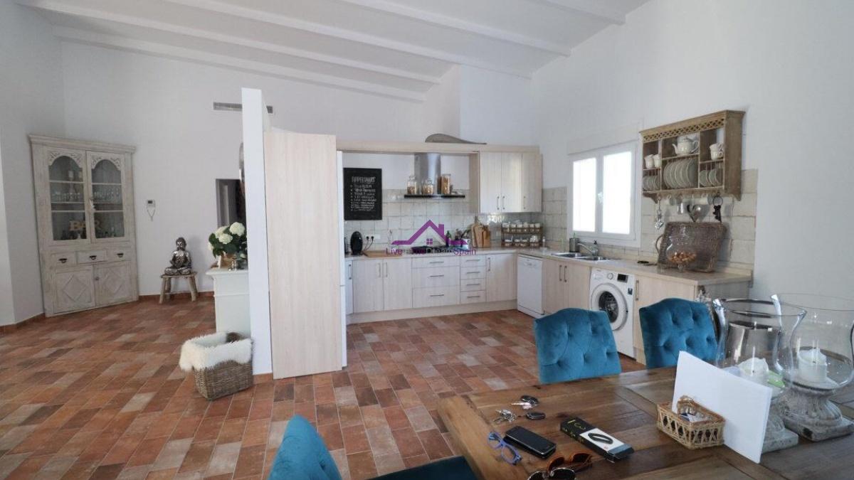 Urbanizacion Ur6, Alhaurin El Grande, Spain, 3 Bedrooms Bedrooms, ,2 BathroomsBathrooms,Villa,For Rent,Urbanizacion Ur6,1190