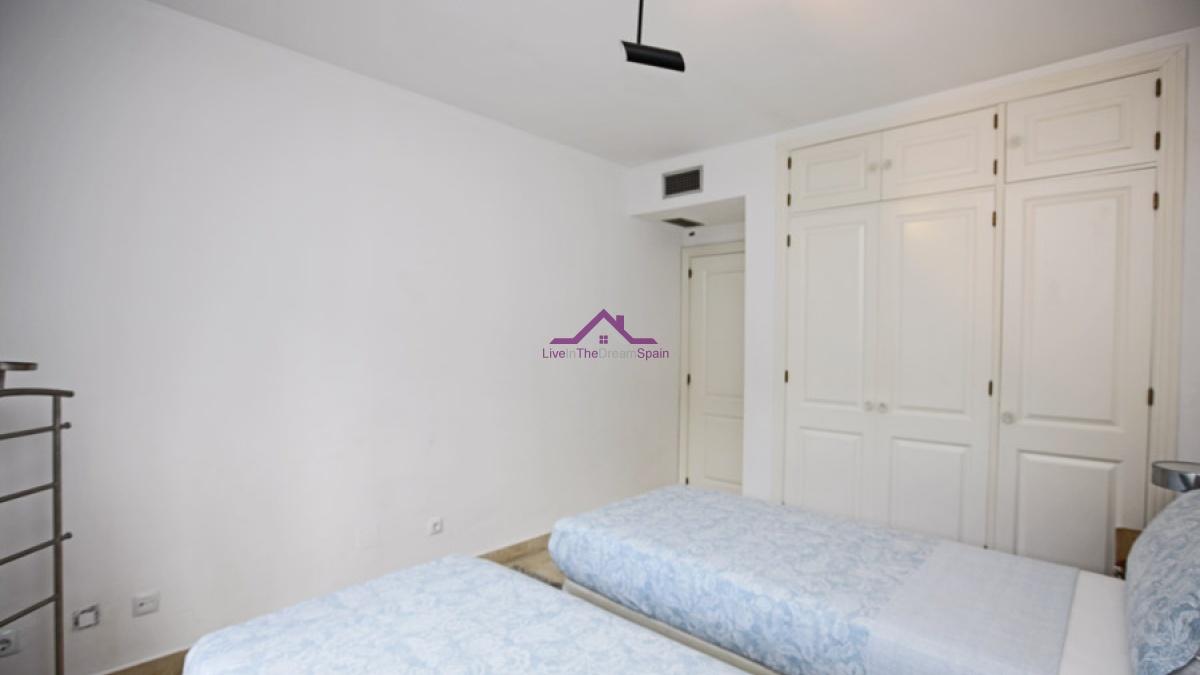 2 bedroom apartment for sale El Presidente Estepona beach side close to everything Estepona, Spain marbella elviria costa del sol for sale beach protperty playa resort bargain