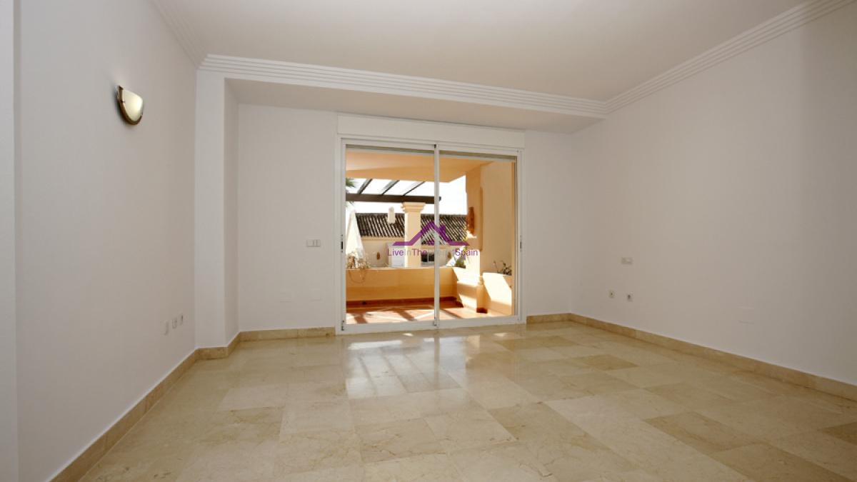 Albatross Hills, Nueva Andalucia, Spain, 2 Bedrooms Bedrooms, ,2 BathroomsBathrooms,Apartment,For Rent,Albatross Hills,1205