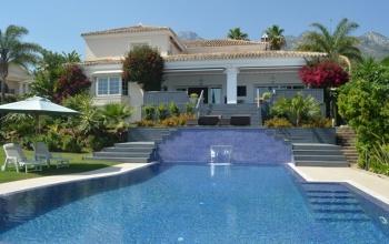 5 Bedrooms, Villa, For sale, 4 Bathrooms, Listing ID 1021, Alhaurin De La Torre, Spain,
