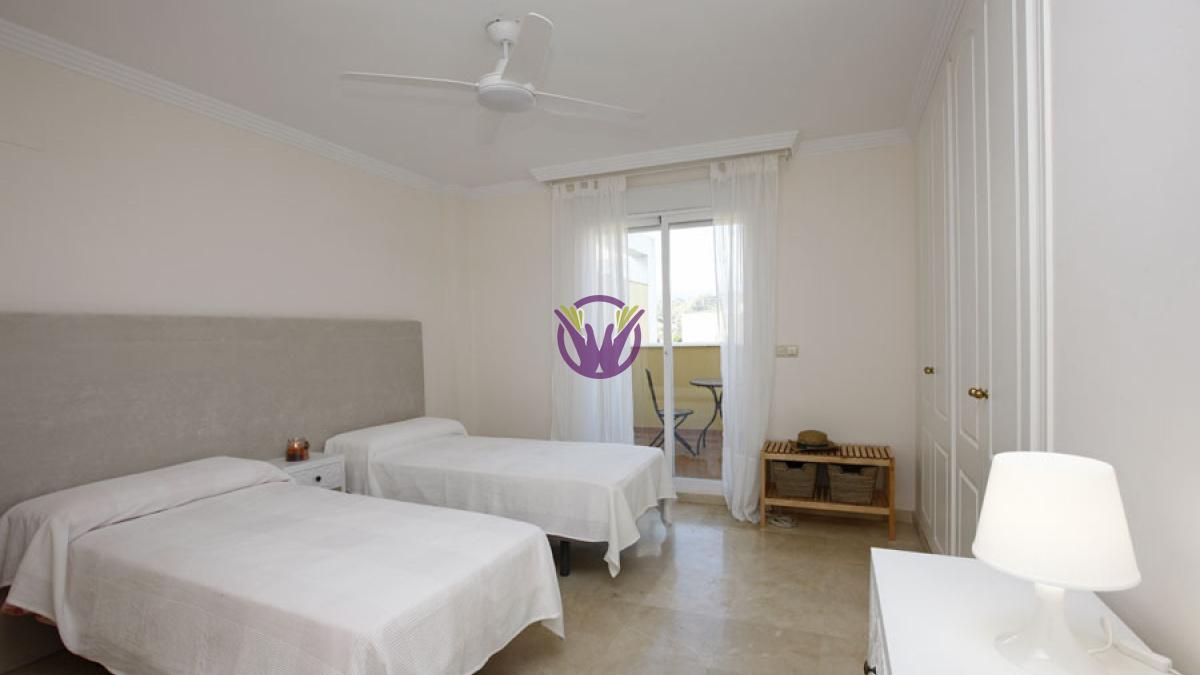 Nueva Andalucia, Spain, ,2 BathroomsBathrooms,Penthouse,Holiday Rentals,1265