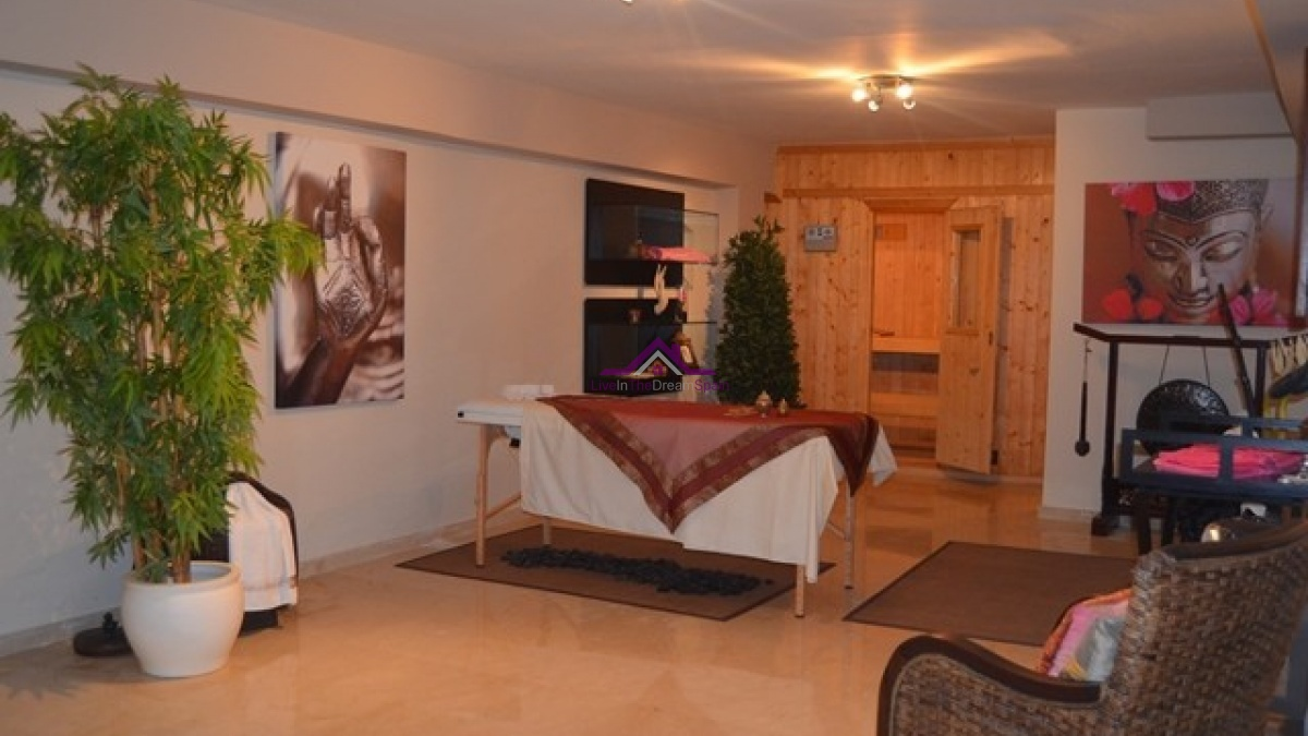5 Bedrooms, Villa, For Rent, 4 Bathrooms, Listing ID 1026, Spain,