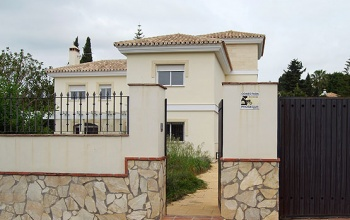 4 Bedrooms, Villa, For sale, 4 Bathrooms, Swimming pool, garage, Bank repossession. La Sierrezuela, Mijas Spain, Bargain, Costa del Sol, Finance