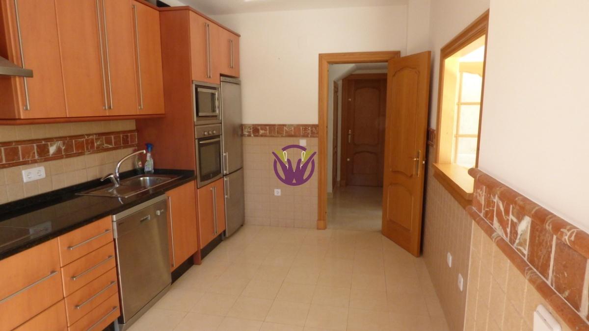 Coin,Spain,3 Bedrooms Bedrooms,2 BathroomsBathrooms,Villa,1065