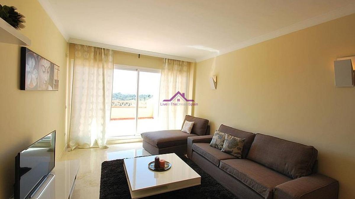 2 Bedrooms, Apartment, Holiday Rentals, 2 Bathrooms, Listing ID 1069, Elviria, Spain,