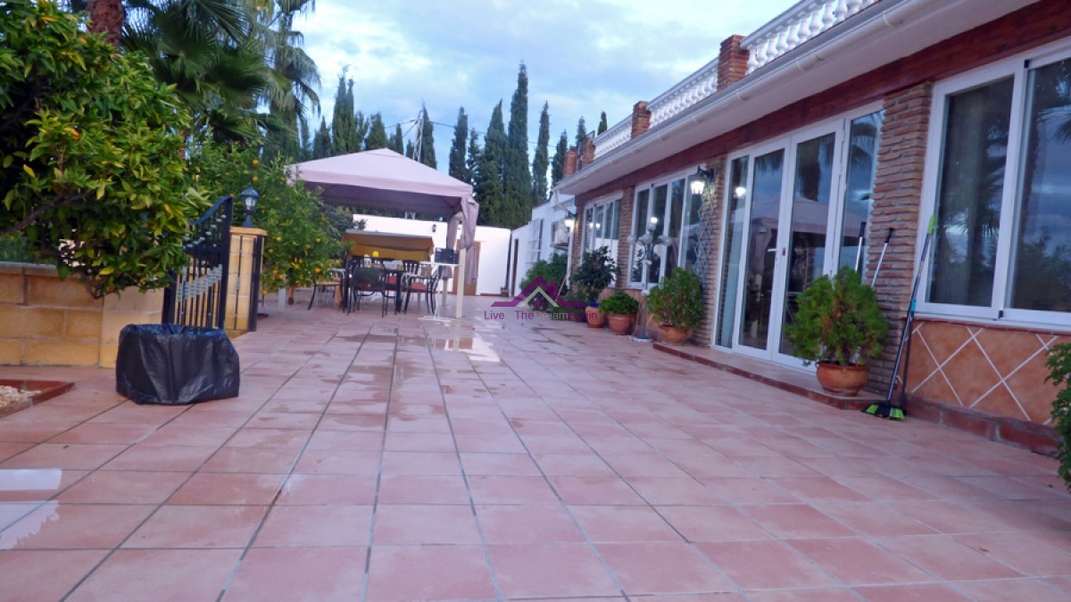 4 Bedrooms, Villa, For sale, 3 Bathrooms, two separate dwellings, B&B opportunity, rural finca, Coin, Alhaurin el Grande